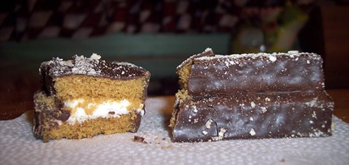 Tastykake S'mores Kandy Bar Kakes cut