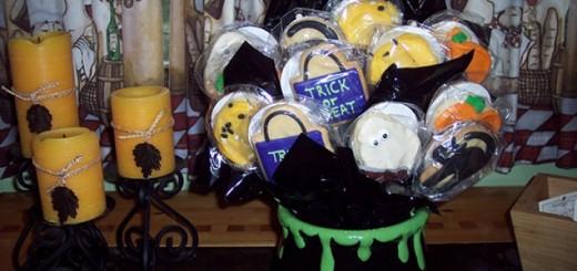 Cheryl's Ceramic Halloween Cookie Flower Cauldron