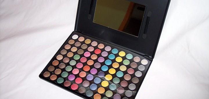 Tmart matte pearlescent eyeshadow palette
