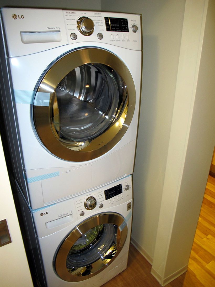washer and dryer
