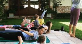 Drew Barrymore yoga