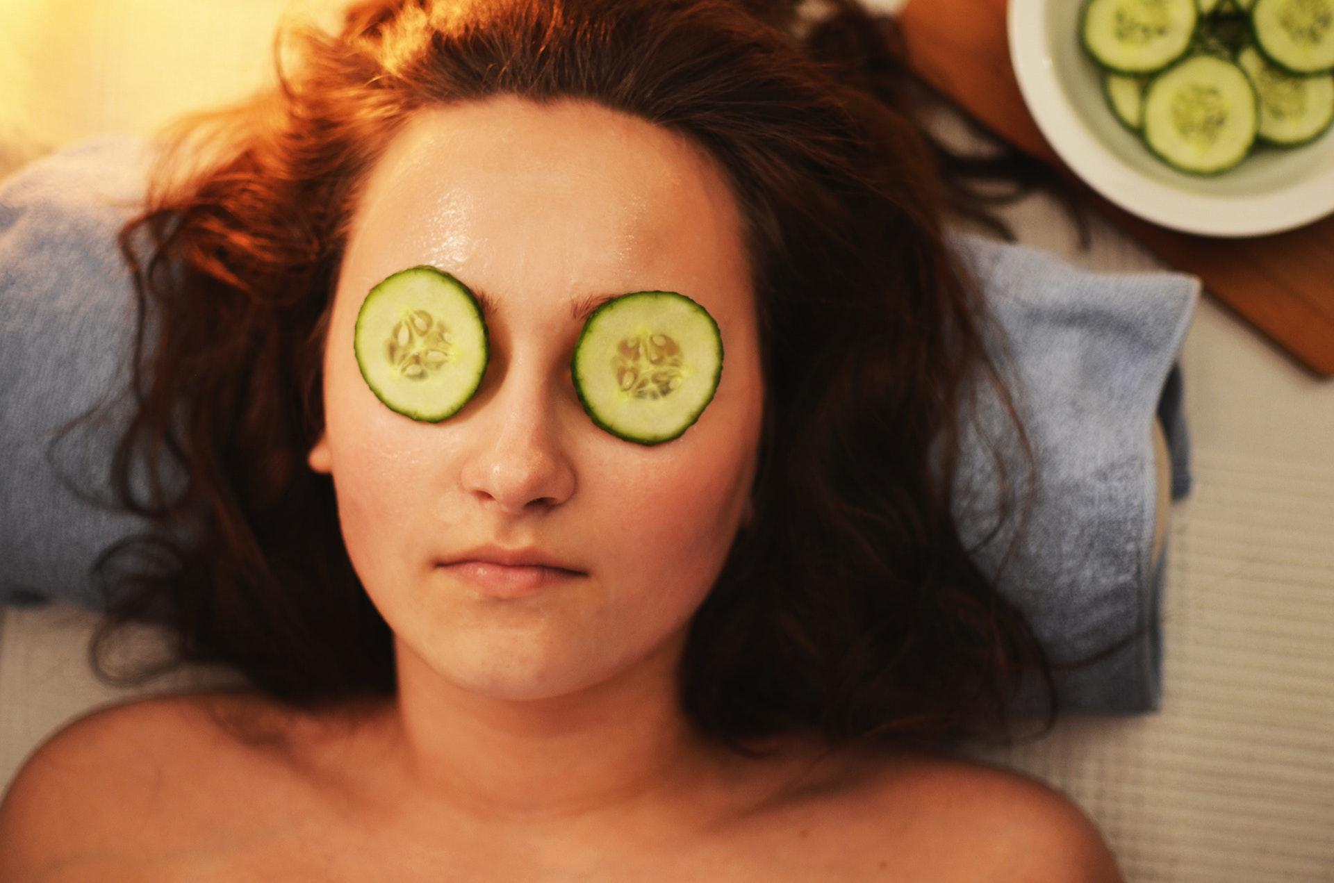 woman beauty mask